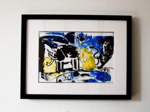 הדפס משי נוח שחור כחול צהוב גודל 25\35 סמ