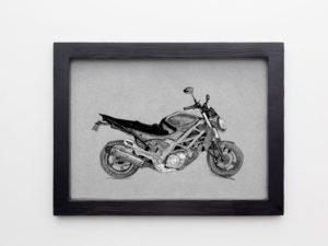 """הדפס ממוסגר\לא ממוסגר\על בלוק עץ של רישום של אופנוע מראשל""""צ מספר 2"""