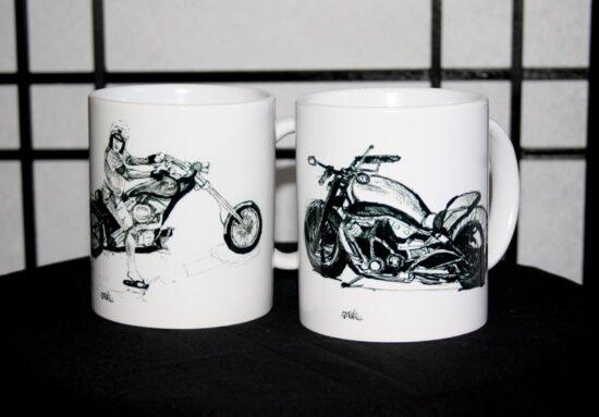שתי כוסות אגזוזן והארלי צידי
