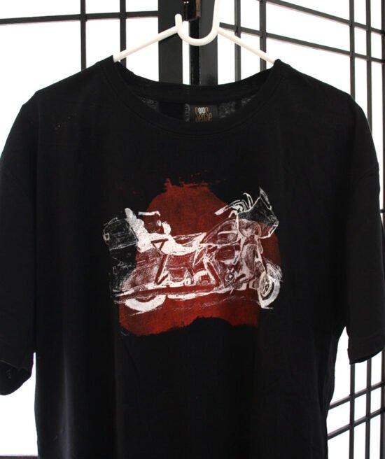 חולצת קינג רוד כתם אדום