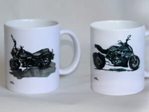 שתי כוסות מאוירות מהמבחר הקיים