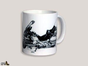 כוס מאוירת של אופנוע הונדה גולדוינג 1800 אספנות
